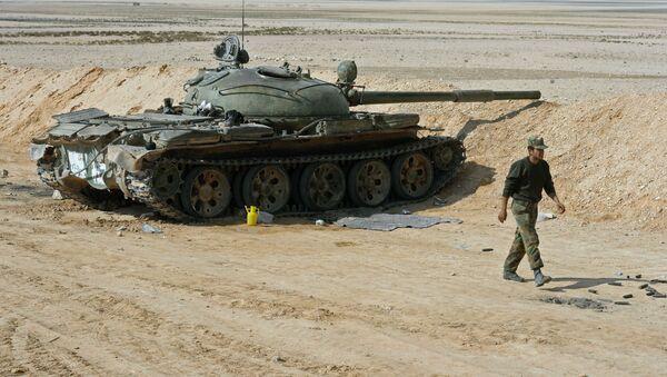 Sirijski vojnici na borbenim položajima u području grada Palmire - Sputnik Srbija