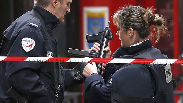 Francuska policija posle terorističkog napada u Parizu - Sputnik Srbija