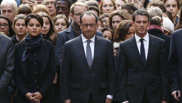 Minut ćutanja za poginule u Parizu. - Sputnik Srbija