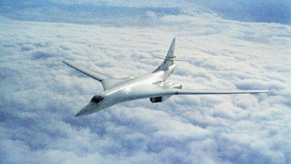 Руски стратешки бомбардер Ту-160 - Sputnik Србија