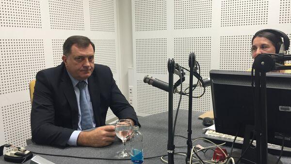 Predsednik Republike Srpske Milorad Dodik u emisiji Svet sa Sputnjikom, snimljenom u studiju u Banjaluci. - Sputnik Srbija