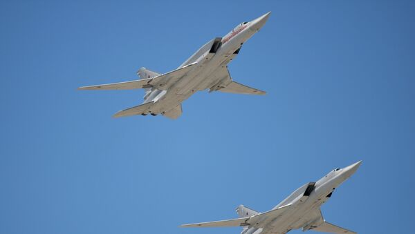 Руски стратешки бомбардер Ту-22 М3 - Sputnik Србија