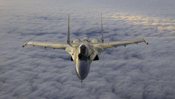 Lovac Su-35 - Sputnik Srbija