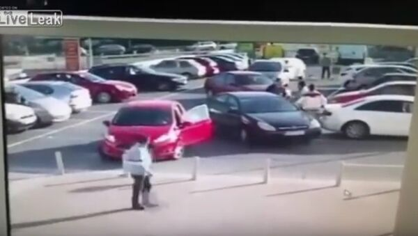 Car Park Rage With An Unexpected Finish - Sputnik Srbija