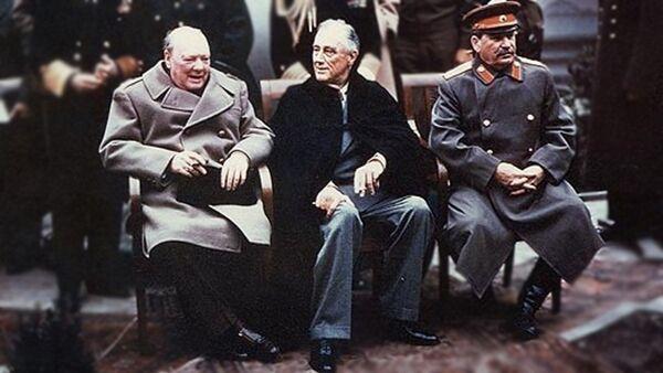 Черчил, Рузвелт, Стаљин на самиту на Јалти 1945 године - Sputnik Србија
