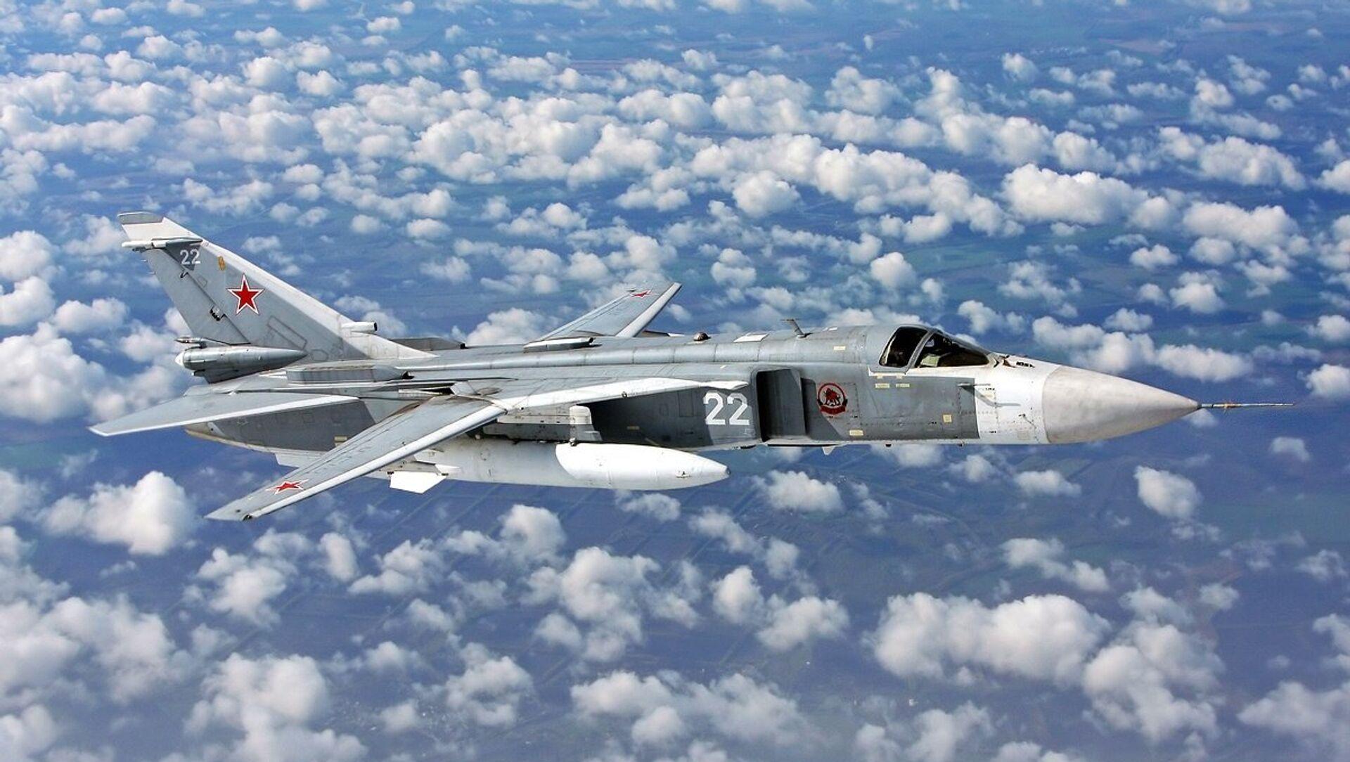 Сухој СУ-24 руски војни авион - Sputnik Србија, 1920, 08.07.2021