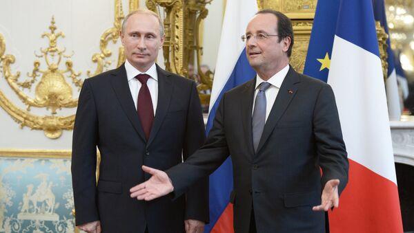 Руски председник Владимир Путин и француски председник Франсоа Оланд - Sputnik Србија