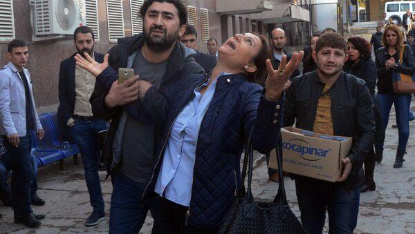 Turkan Elči, supruga poznatog kurdskog advokata Tahira Elčija, koji je ubijen - Sputnik Srbija