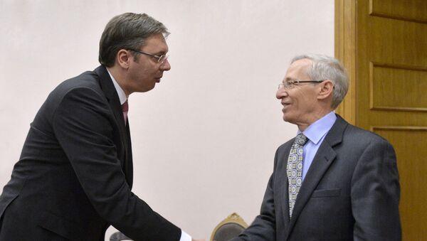 Премијер Србије Александар Вучић и амбасадор САД у Београду Мајкл Кирби - Sputnik Србија
