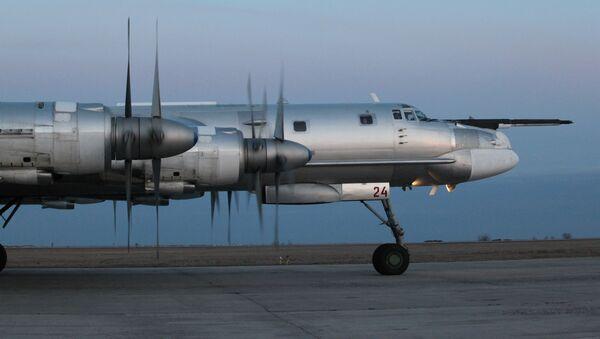 Ruski strateški bombarder Tu-95MS - Sputnik Srbija
