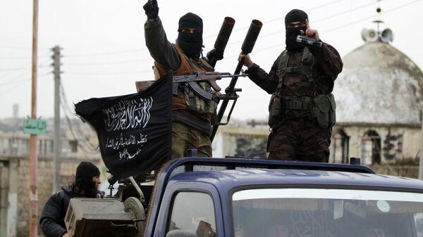 Članovi Al Kaide Nusra fronta u južnom selu blizu Idliba - Sputnik Srbija