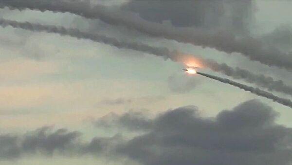 Ispaljivanje raketa sa ruske podmornice - Sputnik Srbija