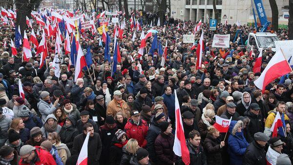 Протести у Пољској - Sputnik Србија