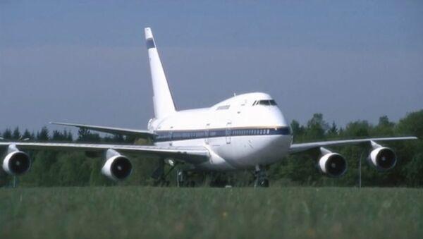 Boing 747 - Sputnik Srbija