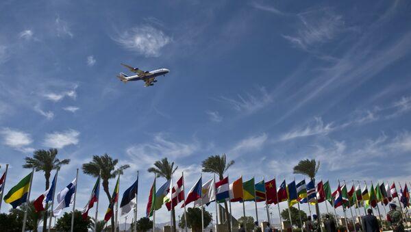 Avion prilikom sletanja na aerodrom Šarm el Šeik - Sputnik Srbija