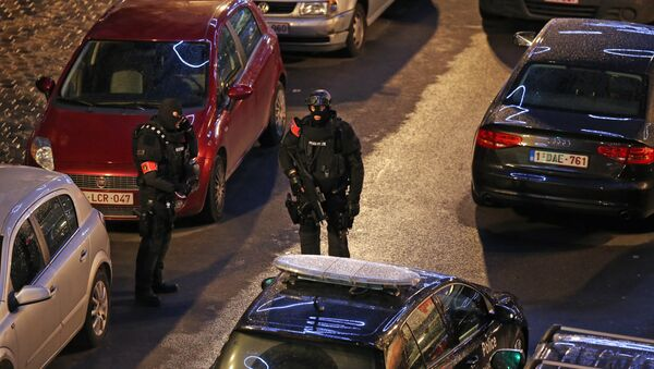 Policija u Briselu u potrazi za teroristima kiji su izveli napad u Parizu - Sputnik Srbija