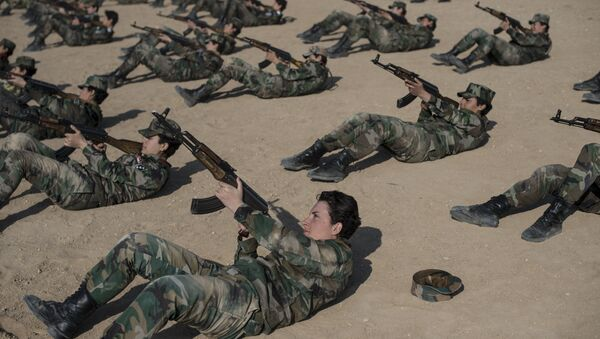 Лавице националне одбране — женски батаљон сиријске војске - Sputnik Србија