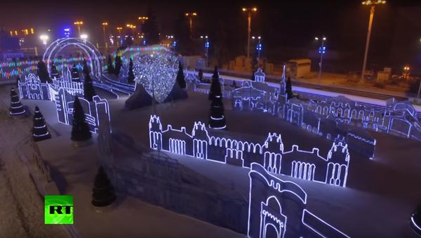 Novogodišnja dekoracija u Moskvi - Sputnik Srbija