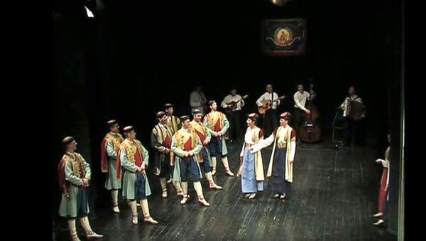 Црногорци играју коло - Sputnik Србија
