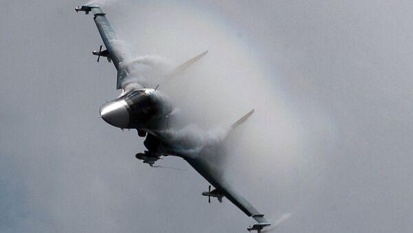 Su-34  taktički je višenamenski lovac-bombarder 4.++ generacije - Sputnik Srbija