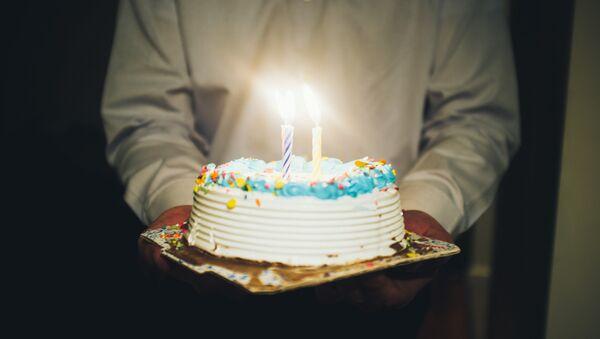 Рођенданска торта - Sputnik Србија