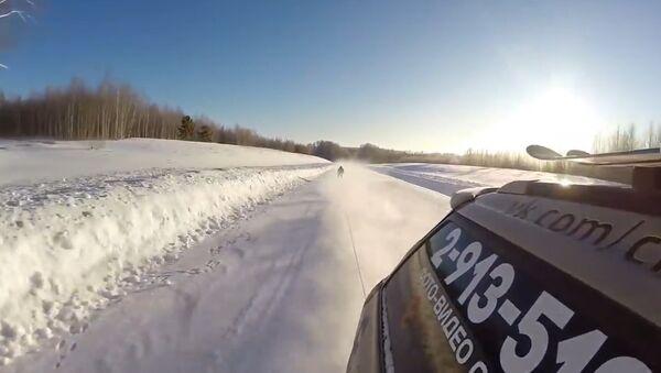 Skiing at the speed of 130 km/h - Sputnik Srbija