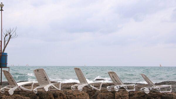 Празна плажа у Турској - Sputnik Србија