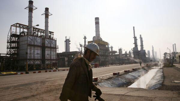 Рафинерија нафте у Ирану - Sputnik Србија
