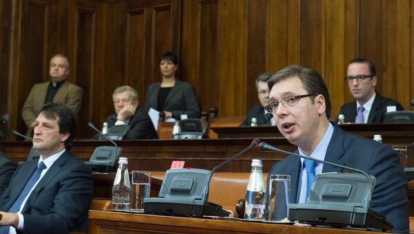 Bratislav Gašić i Aleksandar Vučić u Skupštini Srbije - Sputnik Srbija