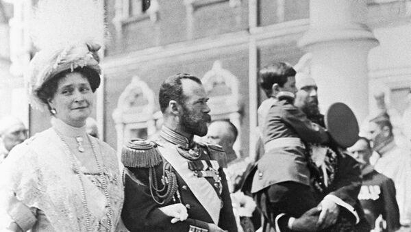 Porodica Romanov na proslavi 300. godišnjici carske porodice - Sputnik Srbija