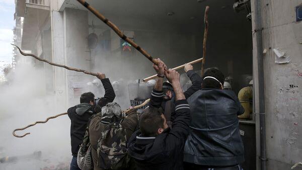 Sukob policije i poljoprivrednika, Grčka - Sputnik Srbija
