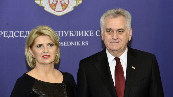 Predsednik Srbije Tomislav Nikolić i njegova supruga Dragica - Sputnik Srbija