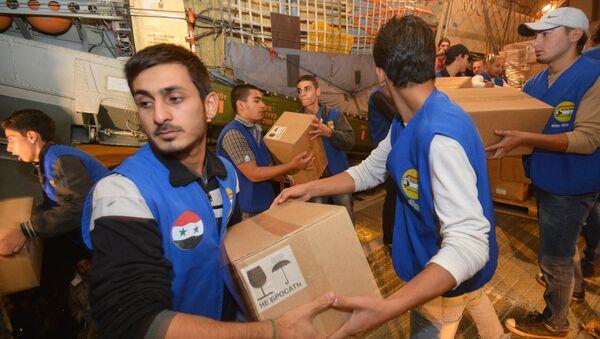 Avion kojim su humanitarnu pomoć stigla iz Rusije u Siriju - Sputnik Srbija
