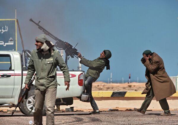Арапско пролеће у Либији: Како уништити просперитетну земљу - Sputnik Србија