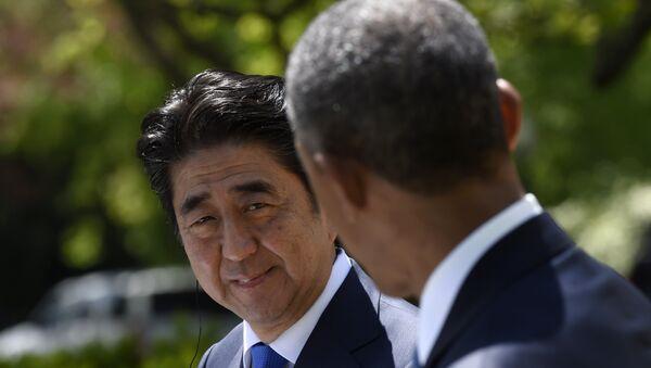 Амерички председник Барак Обама и јапански премијер Шинзо Абе - Sputnik Србија