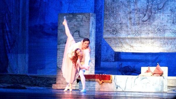 Šekspirovu najpoznatiju ljubavnu tragediju dočarali su solisti Ruskog carskog baleta - Sputnik Srbija