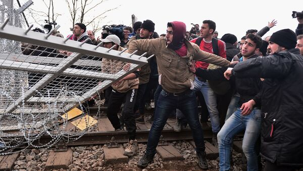 Izbeglice u Đevđeliji - Sputnik Srbija