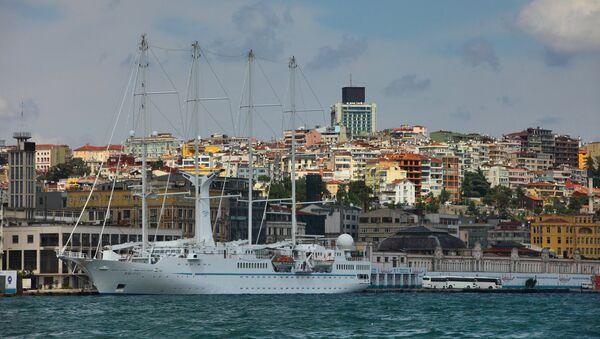 Pogled na Istanbul sa moreuza Bosfor - Sputnik Srbija