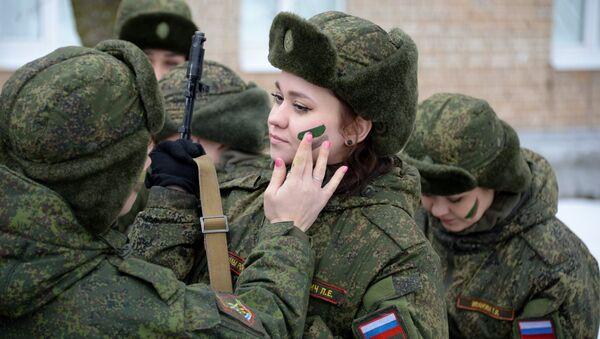 Šminka pod kamuflažom: Prvo rusko vojno žensko takmičenje - Sputnik Srbija