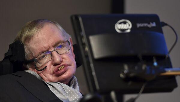 Britanski fizičar Stiven Hoking - Sputnik Srbija