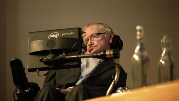 Чувени британски физичар Стивен Хокинг - Sputnik Србија