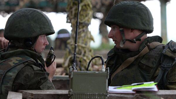 Руски војници током војних вежби - Sputnik Србија