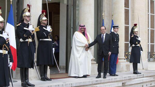 Saudijski princ Muhammad ibn Naif Alь Saud i predsednik Francuske Fransoa Oland - Sputnik Srbija