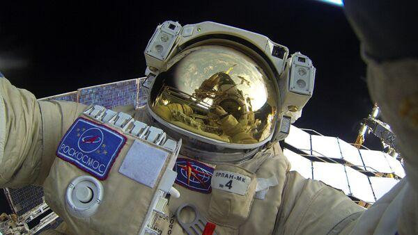 Šetnja svemirom ruskog kosmonauta - Sputnik Srbija