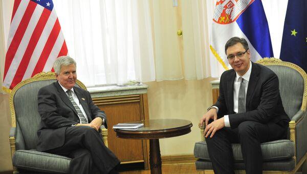 Ambasador SAD Kajl Skot i premijer Srbije Aleksandar Vučić - Sputnik Srbija