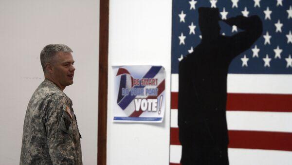 Амерички војник у НАТО бази Бондстил на Косову - Sputnik Србија