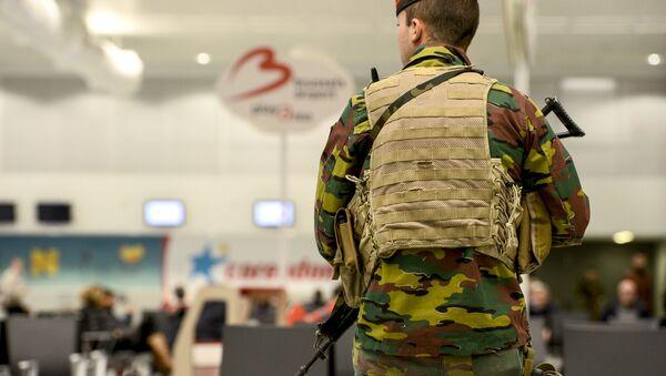 Војска Белгије на аеродрому у Бриселу после терористичког напада - Sputnik Србија