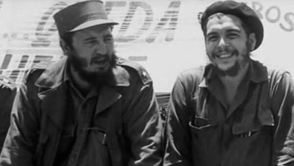 Če Gevara i Fidel Kastro - Sputnik Srbija