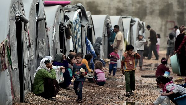 Избеглички камп на турско-сиријкој граници - Sputnik Србија