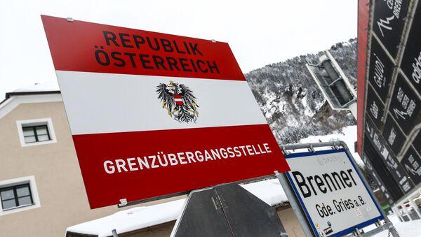Tabla Republika Austrija - granica - Sputnik Srbija